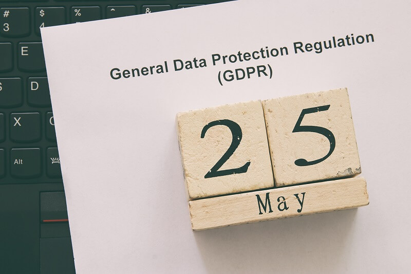 a paper of general data protection regulation and there's 25 may under keyboard